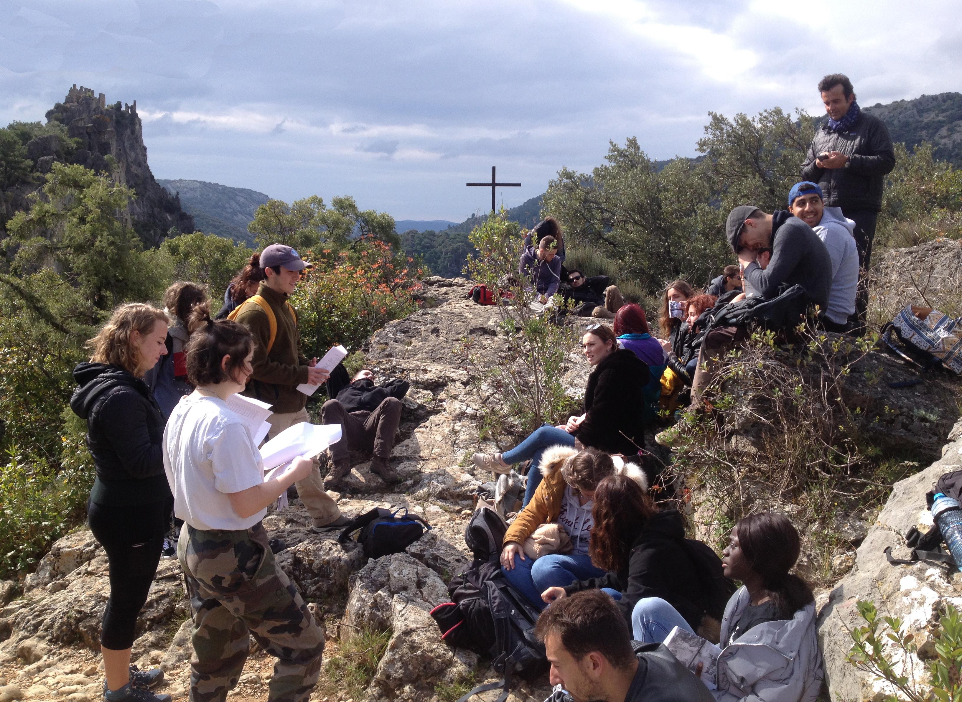 Cours-diderot-formations-superieures-bts-bachelor-master-lille-paris-toulouse-lyon-montpellier-marseille-aix-en-provence-nice-gestion-et-protection-de-la-nature-sortie-terrain-tourisme-saint-guilhem-le-desert